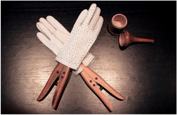 Merola gloves2.jpg