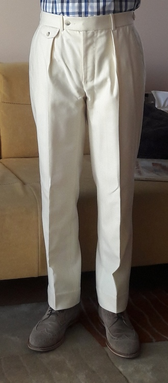 lux-pants-fit-1.thumb.jpg.9103d8b2a4f967df7d4e35837ae8c4c3.jpg