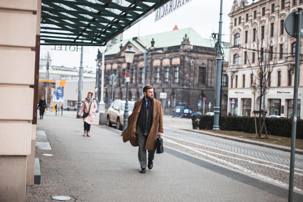 polo-coat-3.jpg.2ae0e539332ad3424f129d78a4703629.jpg