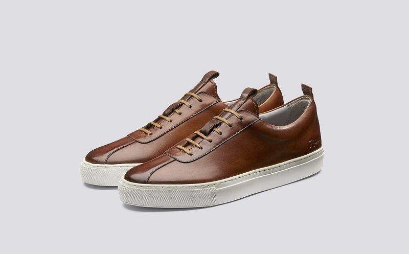 sneaker_1.jpg