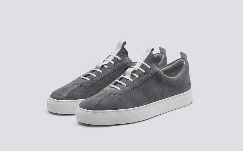 sneaker_3.jpg