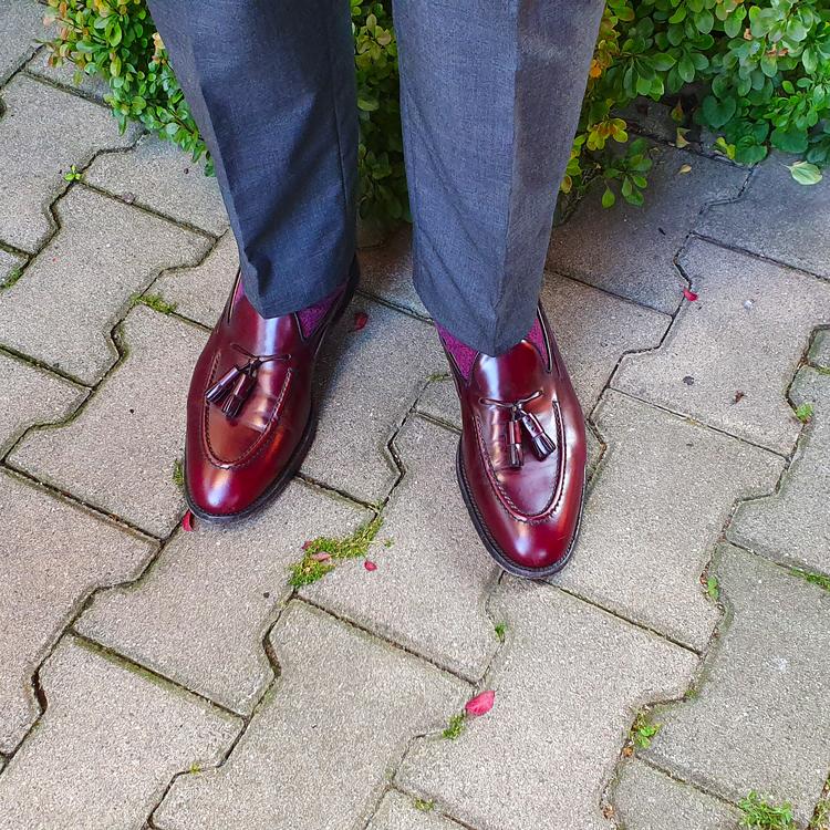 shoes_edited.thumb.png.afc1826f78d3baf72afccbc3e82da699.png