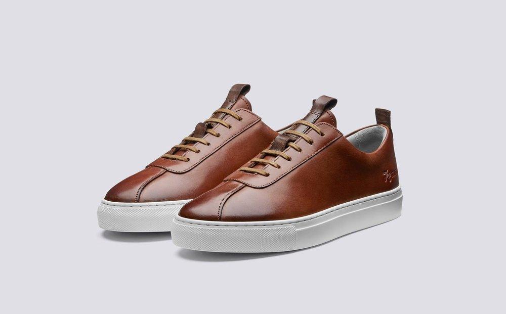 sneaker_1_210920_print_threequarter_1.thumb.jpg.f063f5f4e61c207296f4a956b13a4dcb.jpg