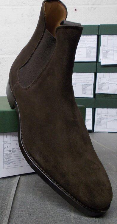 20192-23 UK9-US9½ - stain-mark on sole.JPG