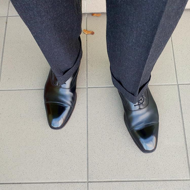 shoes_01_edited.thumb.png.236382d6fd4fc81259411df9a07d075e.png