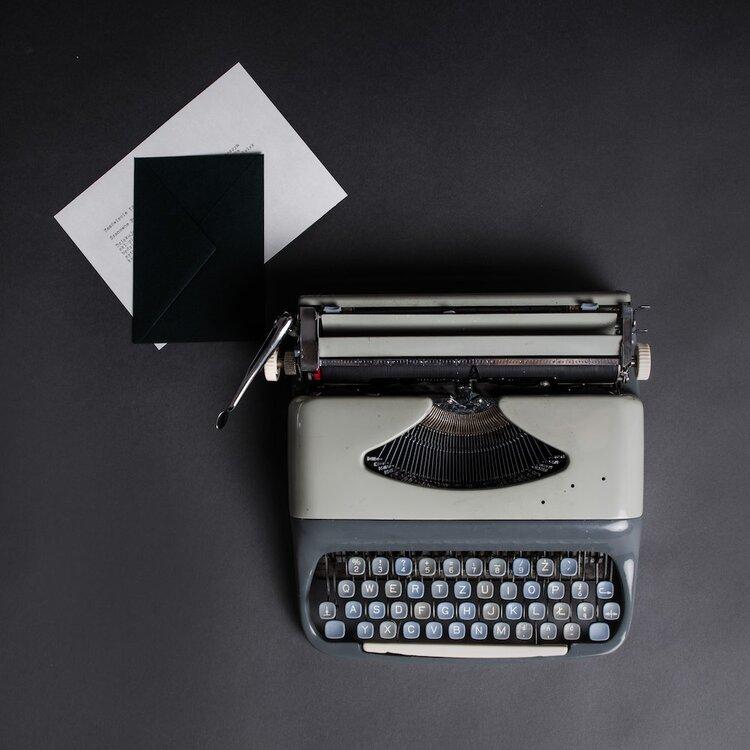 Maszyna do pisania 1.jpg